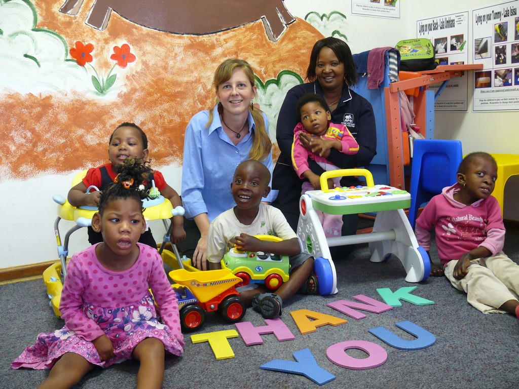 the advantages of having a day care center at the worksite We tend to think of daycare as a childcare solution for kids who don't the benefits of a good daycare even at the best and cleanest of daycare centers.