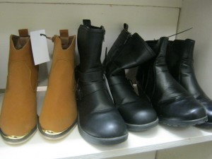 Ability Browse-A-Round Shoppe - Winter Boots Sale 1